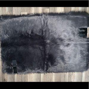 NICOLE MILLER NY Dark Grey Faux Fur Accent Rug NWT